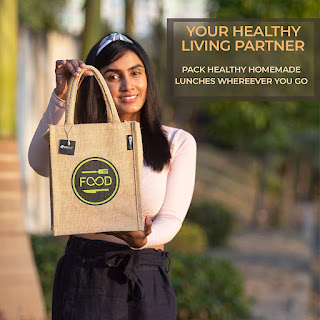 Best-Sustainable-and-Fashionable-Jute-lunch-Bag